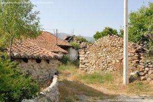 Foto Viviendas tradicionales en Alameda del Valle 16