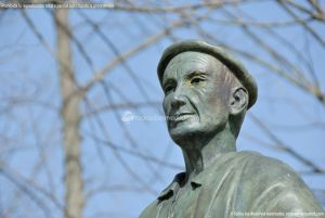 Foto Estatua homenaje al Hombre del Campo 5