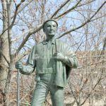 Foto Estatua homenaje al Hombre del Campo 10