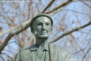 Foto Estatua homenaje al Hombre del Campo 11