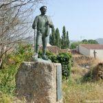 Foto Estatua homenaje al Hombre del Campo 13
