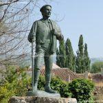 Foto Estatua homenaje al Hombre del Campo 14