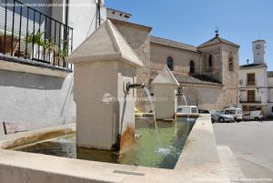 Foto Fuente Plaza Mayor en Ambite 7