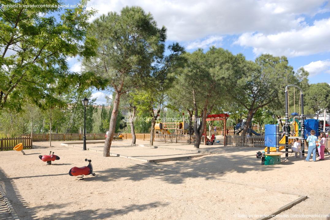 Parque infantil en arroyomolinos arroyomolinos - Construir parque infantil ...