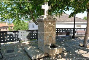 Foto Fuente Plaza de la Constitución en Berzosa del Lozoya 3