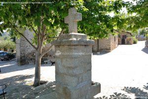 Foto Fuente Plaza de la Constitución en Berzosa del Lozoya 7