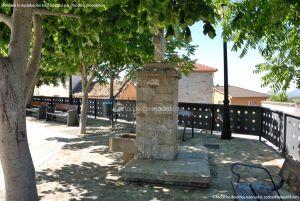 Foto Fuente Plaza de la Constitución en Berzosa del Lozoya 9