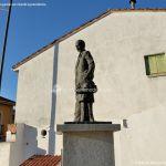 Foto Escultura homenaje Cerceda 6