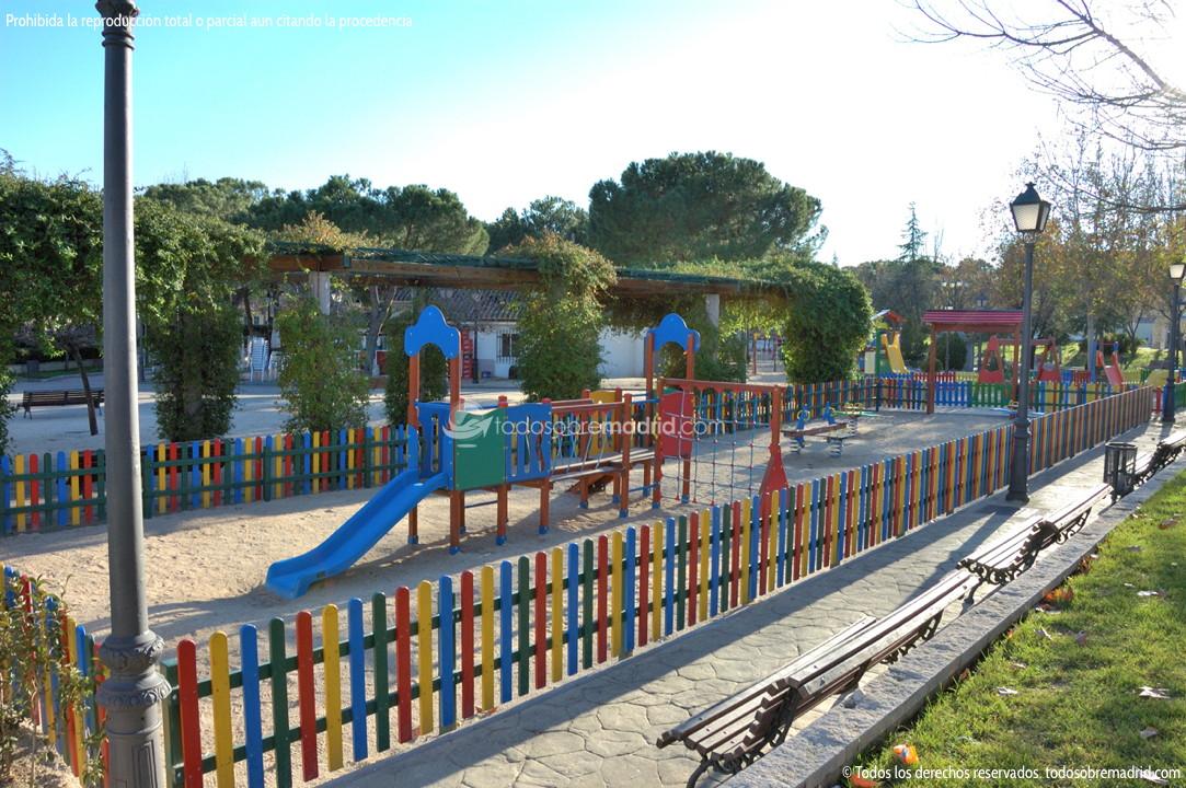 Parque infantil en brunete 1 - Construir parque infantil ...
