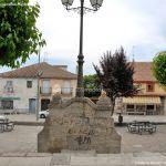 Foto Plaza de la Fuente de Cabanillas de la Sierra 10
