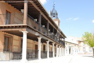 Foto Plaza de la Constitución de Casarrubuelos 3