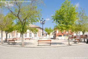 Foto Plaza de la Constitución de Casarrubuelos 5