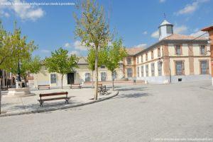 Foto Plaza de la Constitución de Casarrubuelos 8