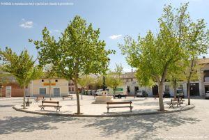 Foto Plaza de la Constitución de Casarrubuelos 18