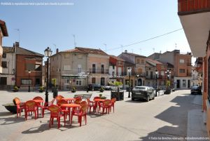 Foto Plaza de la Constitución de Cenicientos 1