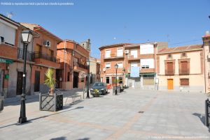 Foto Plaza de la Constitución de Cenicientos 10