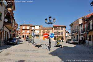 Foto Plaza de la Constitución de Cenicientos 12