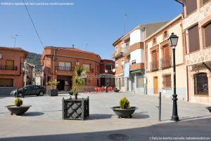 Foto Plaza de la Constitución de Cenicientos 13
