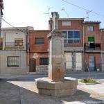 Foto Fuente Plaza de España en Cenicientos 1