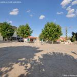 Foto Plaza de la Villa de Cobeña 3