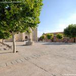 Foto Plaza de la Villa de Cobeña 7