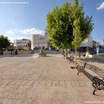 Foto Plaza de la Villa de Cobeña 13