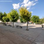 Foto Plaza de la Villa de Cobeña 17