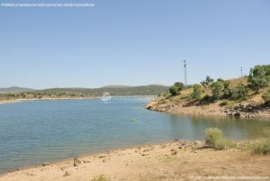 Foto Embalse de Riosequillo de Pinilla de Buitrago 13