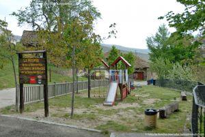 Foto Parque infantil en La Hiruela 1