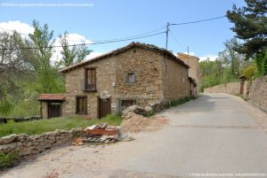 Foto Viviendas tradicionales en Horcajuelo de la Sierra 9