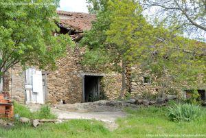 Foto Viviendas tradicionales en Horcajuelo de la Sierra 16
