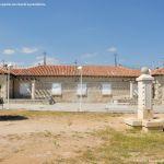 Foto Antiguas Escuelas en Lozoyuela 1