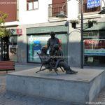 Foto Escultura homenaje a los Mayores 1
