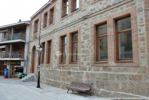 Foto Antiguas Escuelas en Miraflores de la Sierra 4