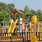 Foto Parque infantil en Navalafuente 1