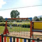 Foto Parque infantil en Navalafuente 4