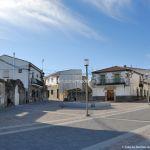 Foto Plaza de España de Navalagamella 6