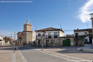 Foto Plaza de España de Navalagamella 14