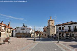Foto Plaza de España de Navalagamella 15