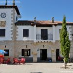 Foto Ayuntamiento Navarredonda y San Mamés 3