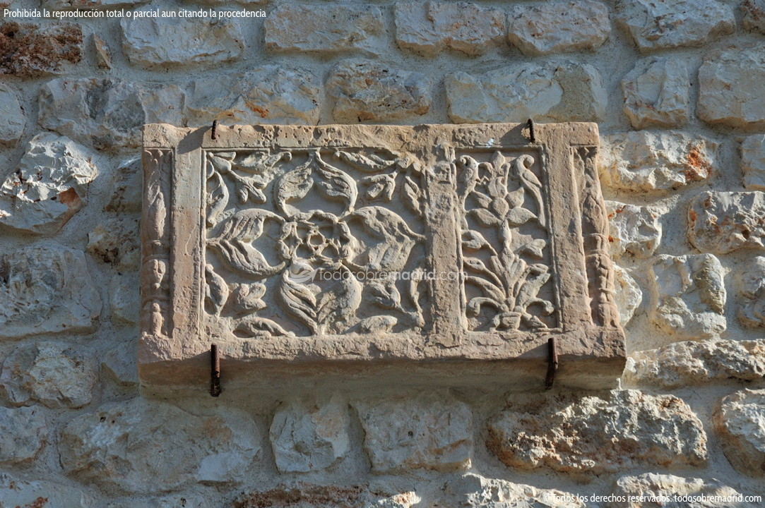 Casa singular en olmeda de las fuentes for Olmeda de las fuentes casas