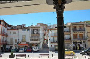 Foto Plaza de la Constitución de Perales de Tajuña 1