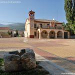 Foto Plaza del Gobernador de Pinilla del Valle 2