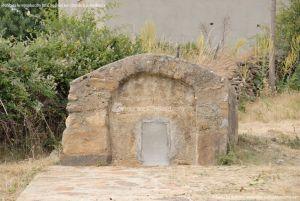 Foto Fuente Vieja de Paredes de Buitrago 2