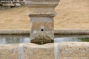 Foto Fuente Vieja de Paredes de Buitrago 8