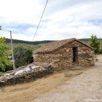 Foto Casa del herrero en Paredes de Buitrago 1