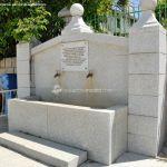 Foto Fuente de la Plaza de Robledillo de la Jara 2