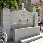Foto Fuente de la Plaza de Robledillo de la Jara 3