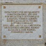Foto Fuente de la Plaza de Robledillo de la Jara 5