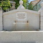 Foto Fuente de la Plaza de Robledillo de la Jara 7